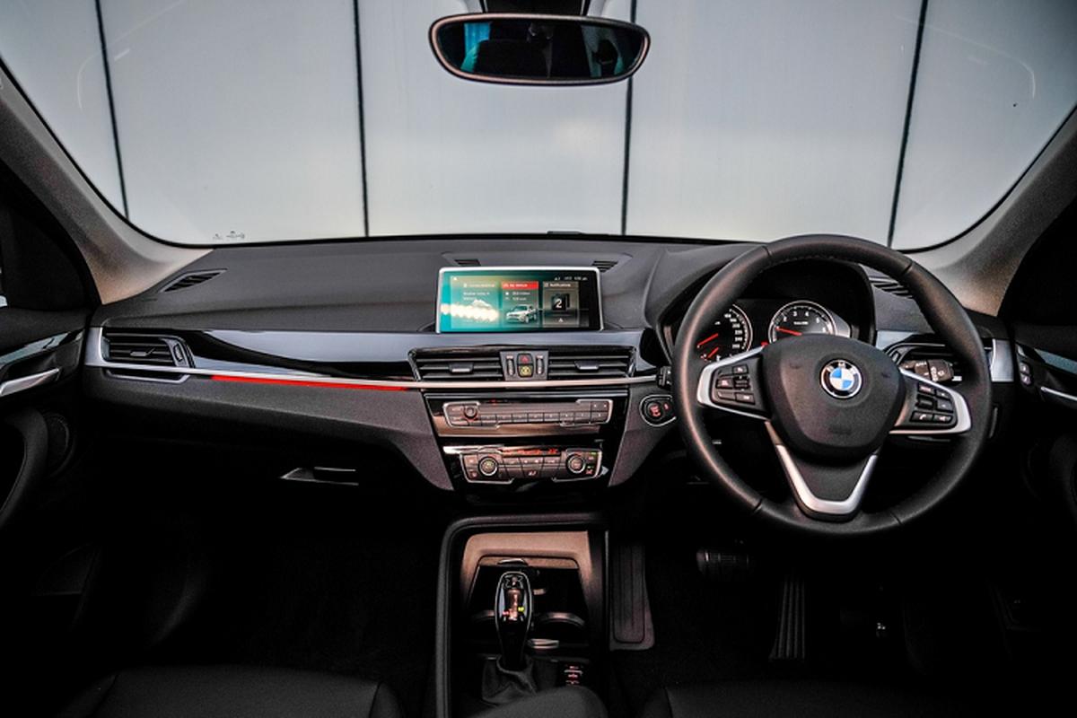 BMW X1 2020 tai Malaysia re hon Viet Nam gan 1 ty dong-Hinh-5