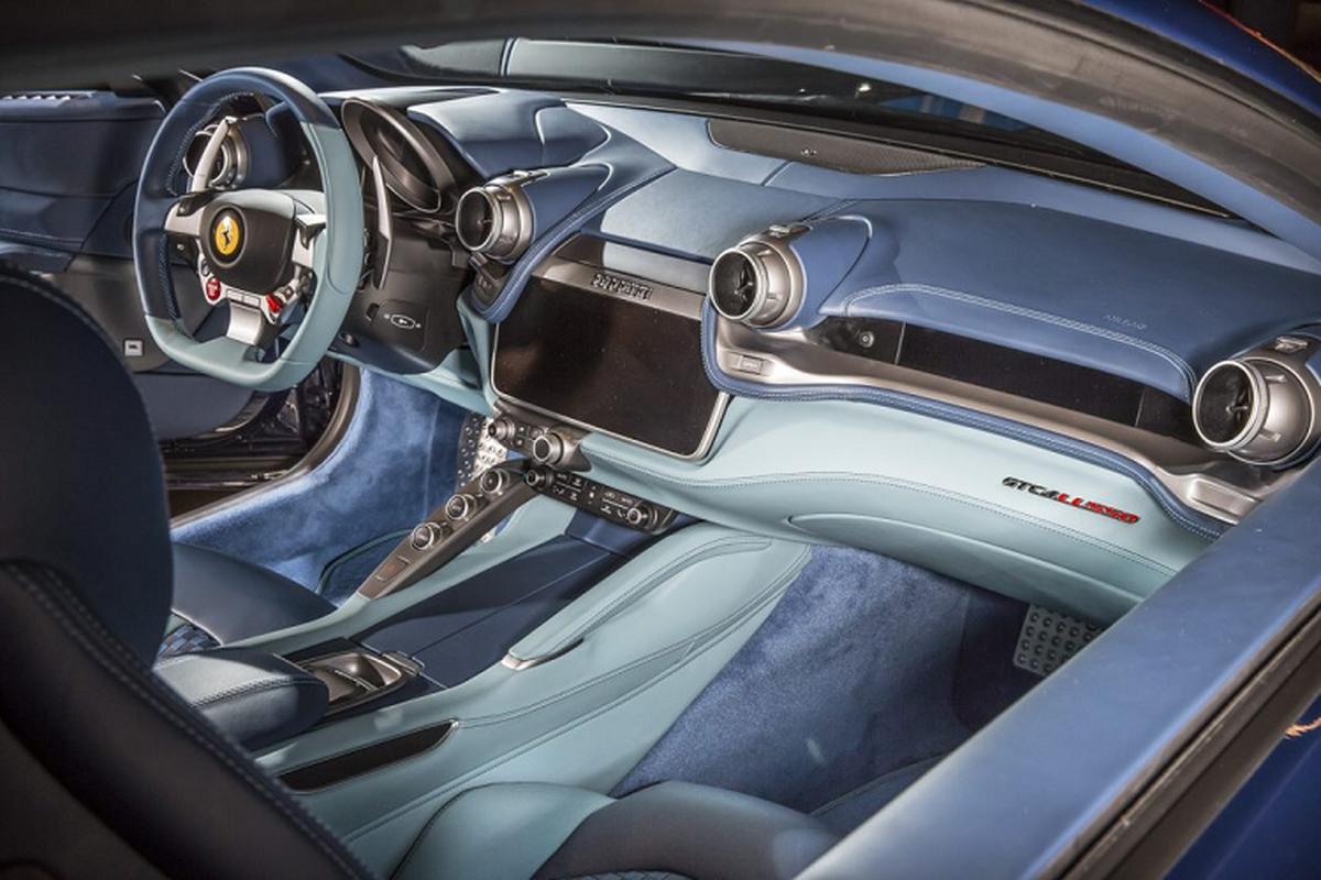 Sieu xe Ferrari GTC4 Lusso