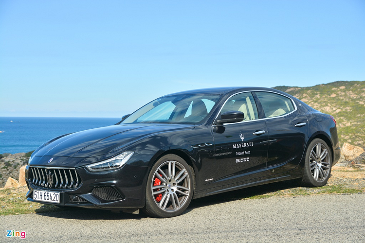 Can canh Maserati Ghibli tu 5,69 ty dong tai Viet Nam