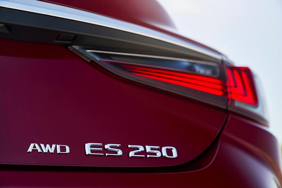 Lexus ES 2021 them dan dong AWD hon 900 trieu dong tai My-Hinh-11