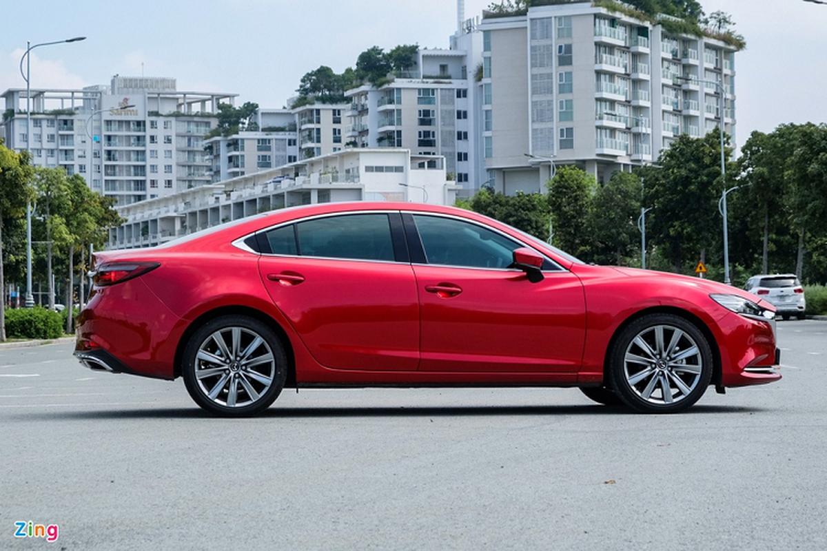 Mazda6 2.0L Premium 2020, doi thu Toyota Camry tai Viet Nam-Hinh-3