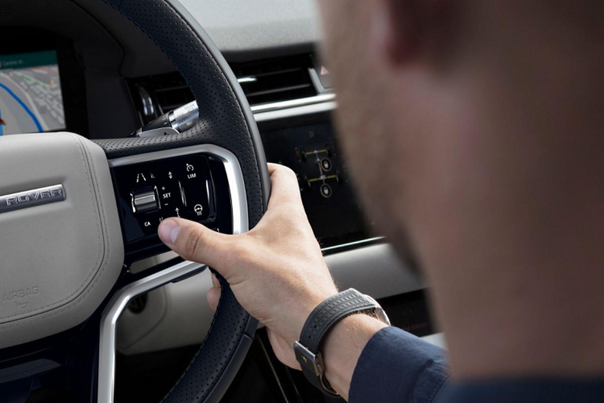 Range Rover Evoque 2021 them dong co va cong nghe gi?-Hinh-7