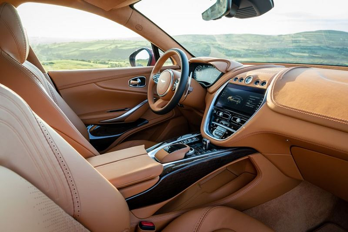 Sieu SUV Aston Martin DBX, co gi de canh tranh Lamborghini Urus?-Hinh-11