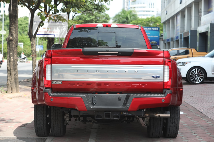 Can canh Ford F-450 Super Duty hon 6 ty dong tai Viet Nam-Hinh-4