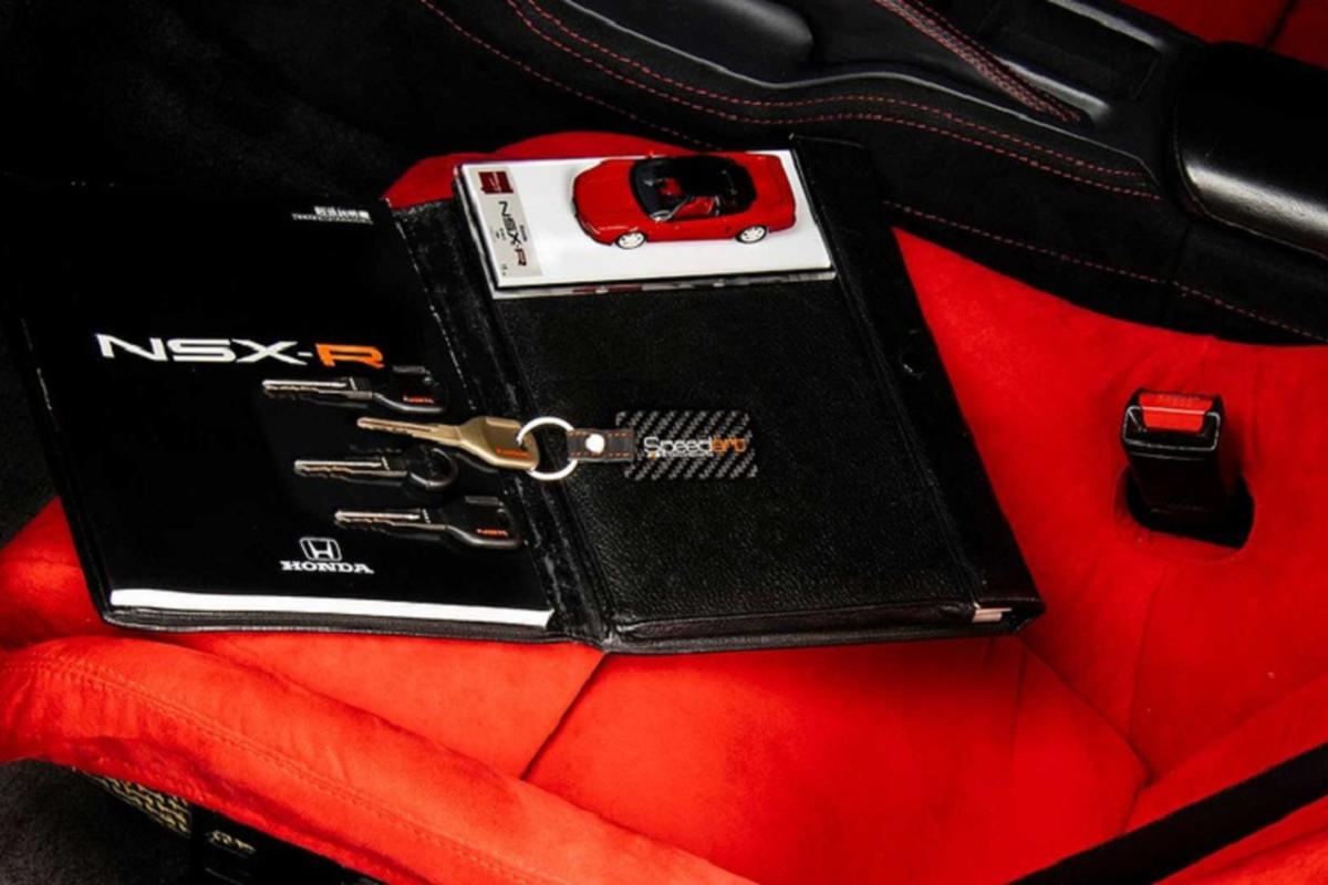 Honda NSX Type R 1993 cuc hiem, sau 27 nam van