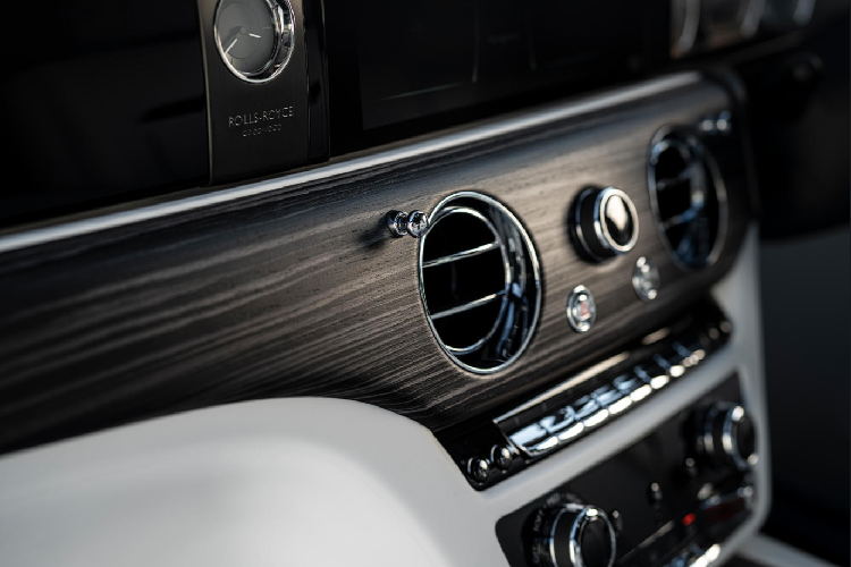 Xe sieu sang Rolls-Royce se uu tien sang trong hon cong nghe-Hinh-8