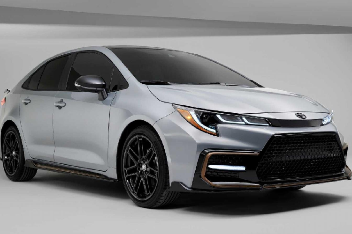 Toyota Corolla Apex Edition 2021 chao hang hon 600 trieu dong