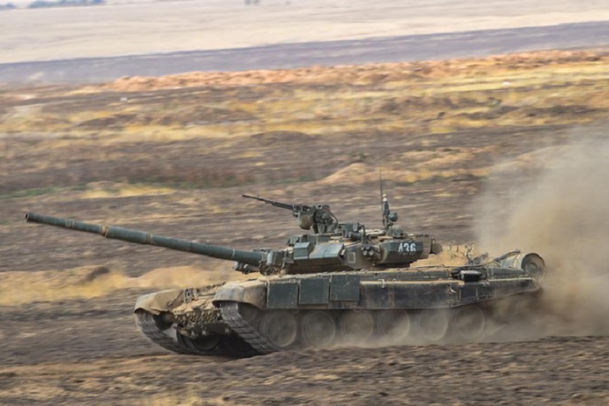 Dan tang T-90 huyen thoai tung hoa luc huy diet muc tieu-Hinh-5
