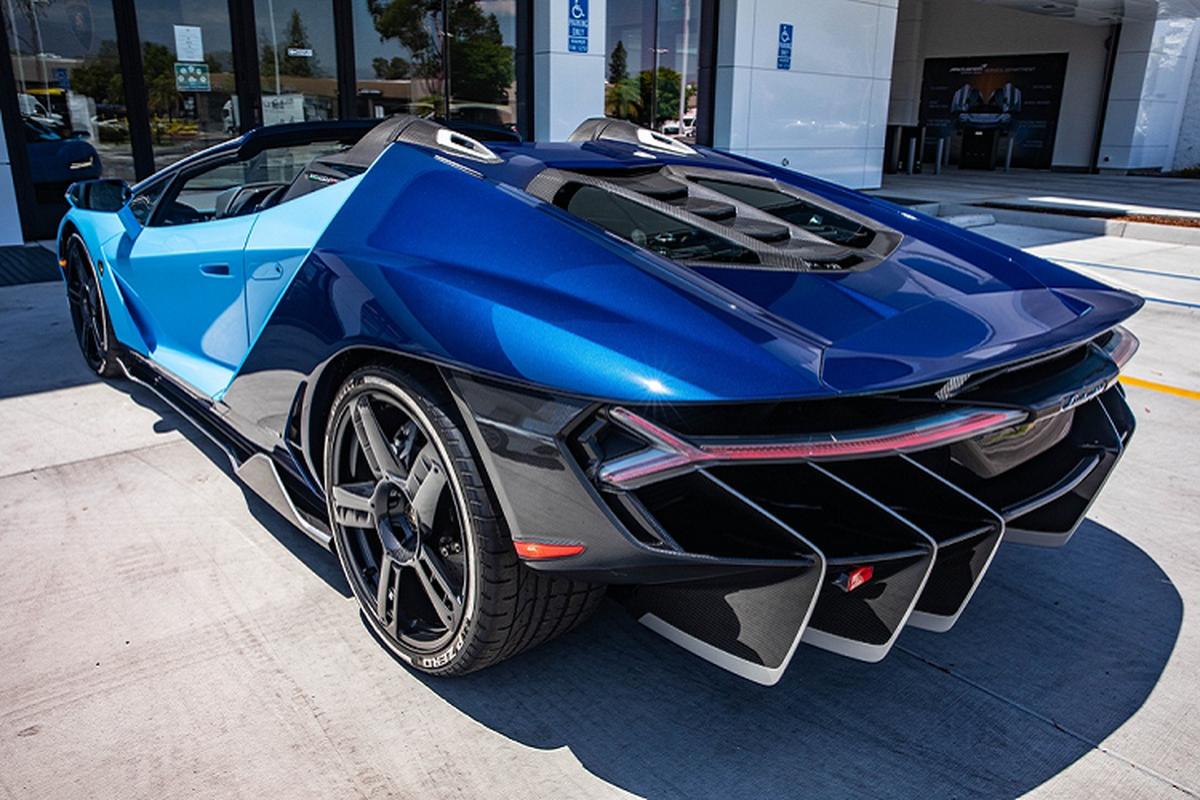 Lamborghini Centenario mui tran cu, thet gia 2,6 trieu USD-Hinh-2
