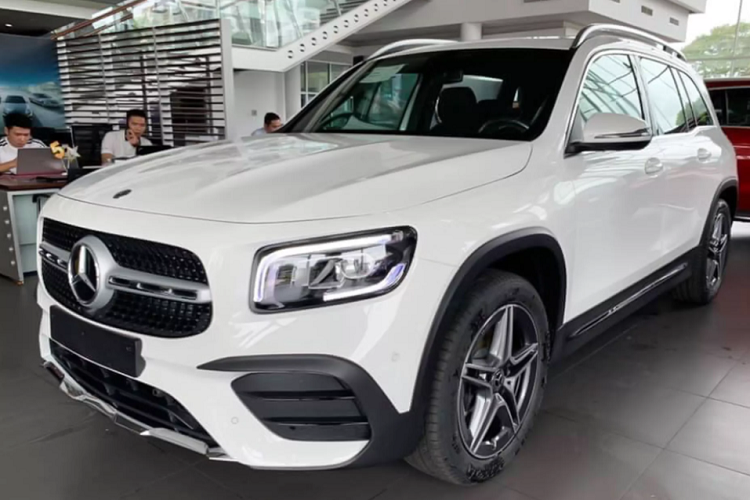 Can canh Mercedes-Benz GLB hon 1,9 ty dong tai Viet Nam-Hinh-2