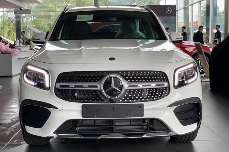 Can canh Mercedes-Benz GLB hon 1,9 ty dong tai Viet Nam-Hinh-4