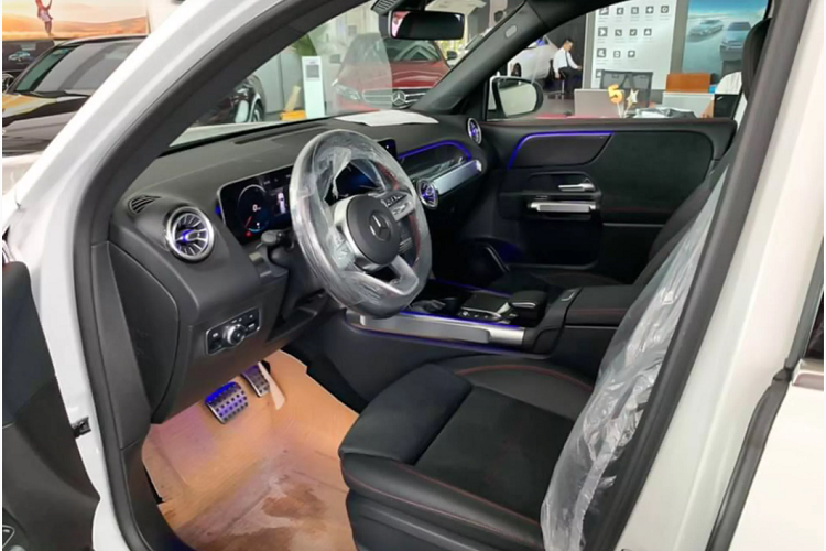 Can canh Mercedes-Benz GLB hon 1,9 ty dong tai Viet Nam-Hinh-8
