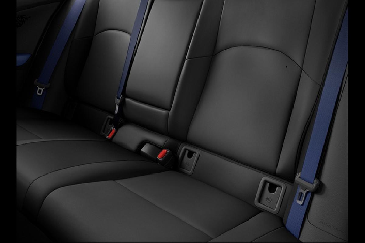 Lexus UX Black Line 2021, gioi han 1.000 chiec tai Trung Quoc-Hinh-5