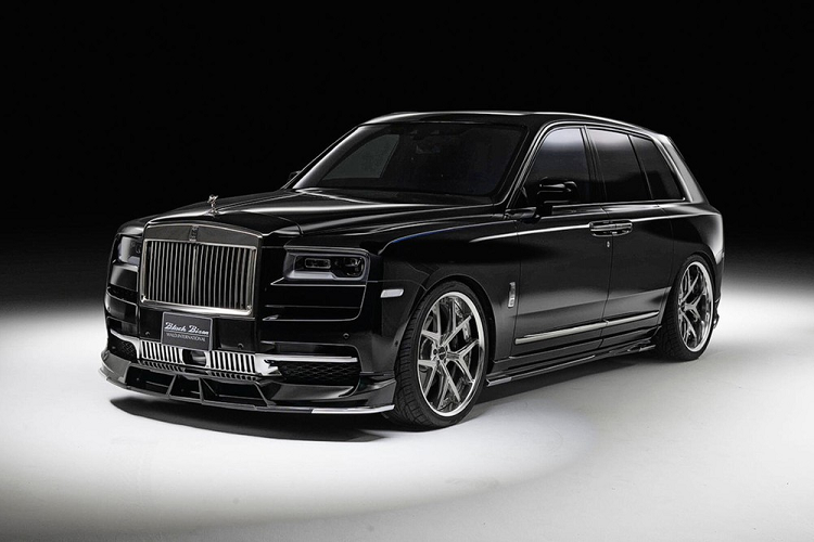 Rolls-Royce Cullinan Sports Line Black, ban do cho nhung ong trum