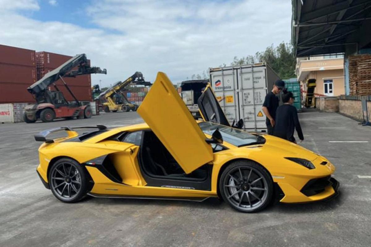 Dai gia Da Nang tau Lamborghini Aventador SVJ hon 53 ty dong-Hinh-2