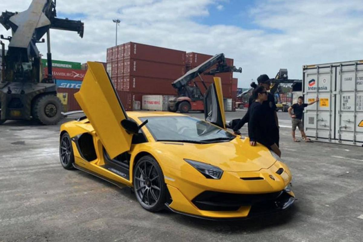 Dai gia Da Nang tau Lamborghini Aventador SVJ hon 53 ty dong-Hinh-3