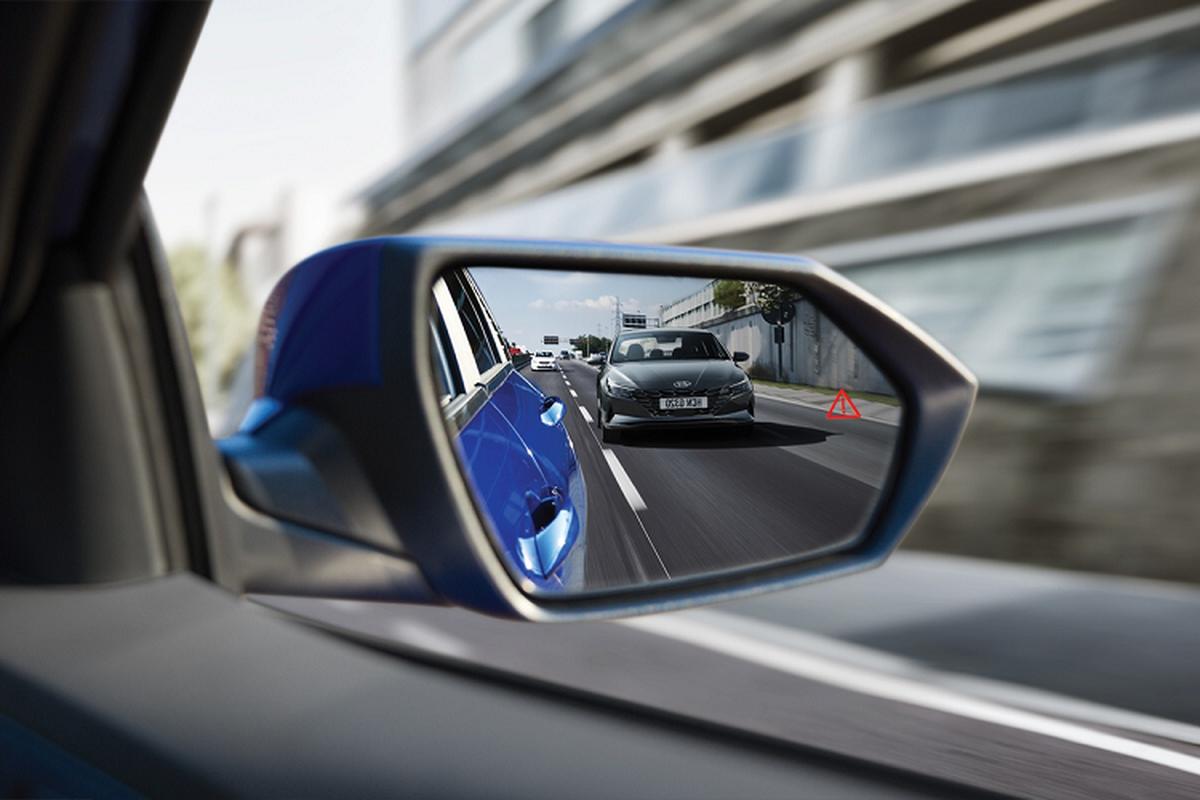 Hyundai Elantra 2021 tu 579 trieu dong tai Malaysia, co ve VN?-Hinh-6