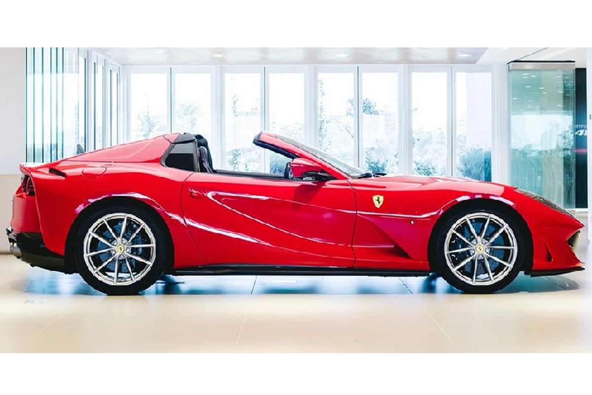 Sieu xe Ferrari 812 GTS mui tran, trieu do sap ve Viet Nam?-Hinh-3