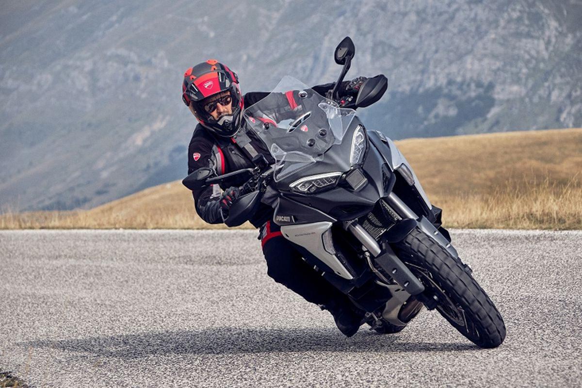Ducati Multistrada V4, V4S va V4 Sport 2021 moi tu 24.095 USD-Hinh-2