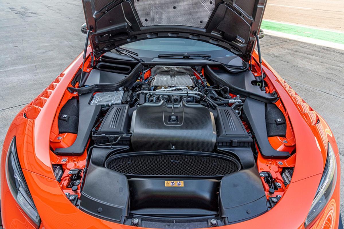 Mercedes-AMG GT Black Series tu 7,5 ty dong tai My-Hinh-3