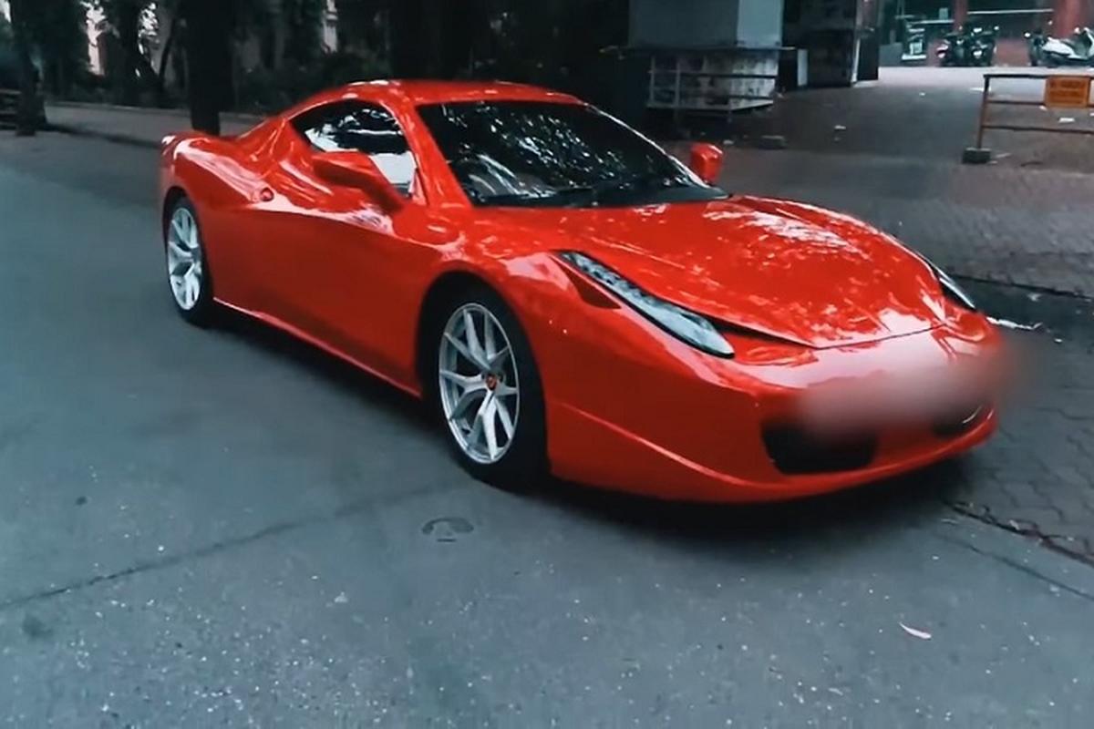 """Sieu xe Ferrari 458 Italia """"sieu re"""", chi 249 trieu dong?"""