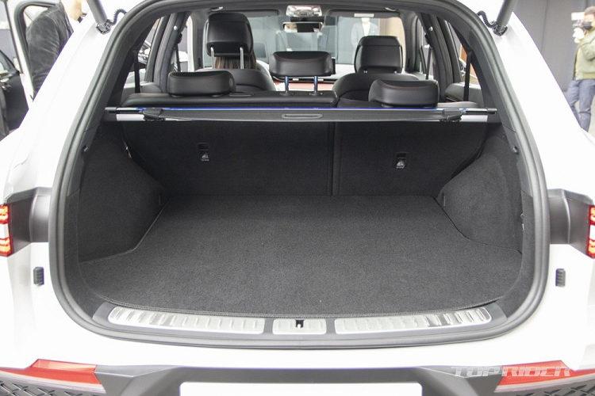 "Genesis GV70 2021 moi ""ra lo"", dau Mercedes-Benz GLE va BMW X5-Hinh-11"
