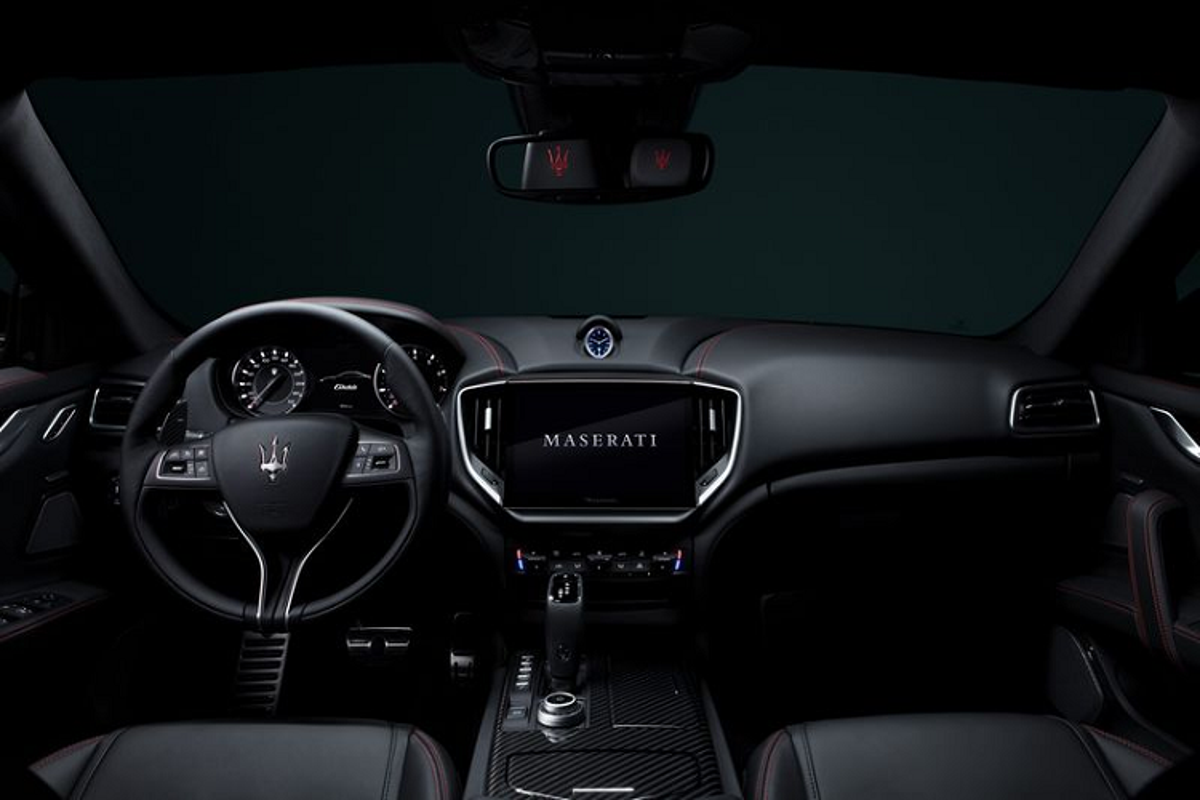 Maserati 2021 nang cap toan dien, man hinh trung tam to khong lo-Hinh-9
