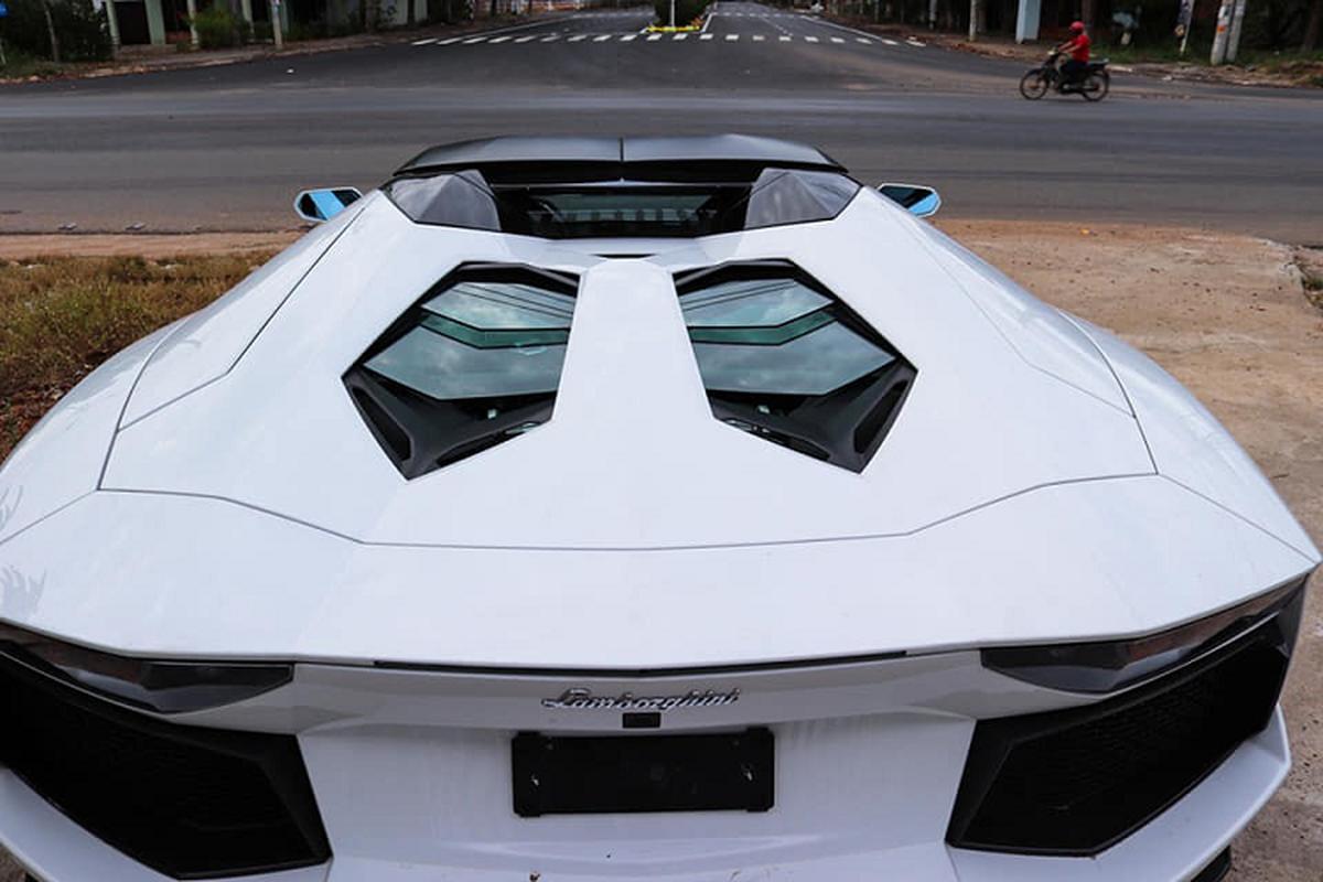 Sieu xe Lamborghini Aventador Roadster hon 37 ty tai Binh Phuoc-Hinh-4