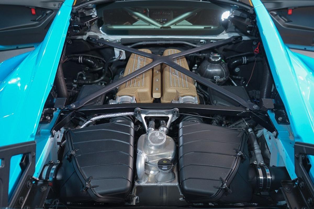 Sieu xe Lamborghini Huracan STO lan dau ra mat tai chau A-Hinh-4