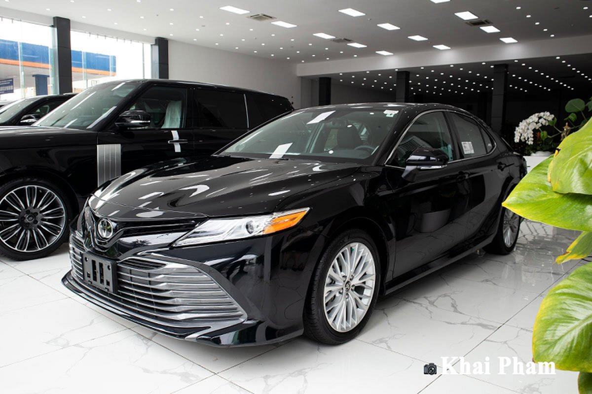 Cận cảnh Toyota Camry XLE nhập Mỹ hơn 2,6 tỷ tại Việt Nam