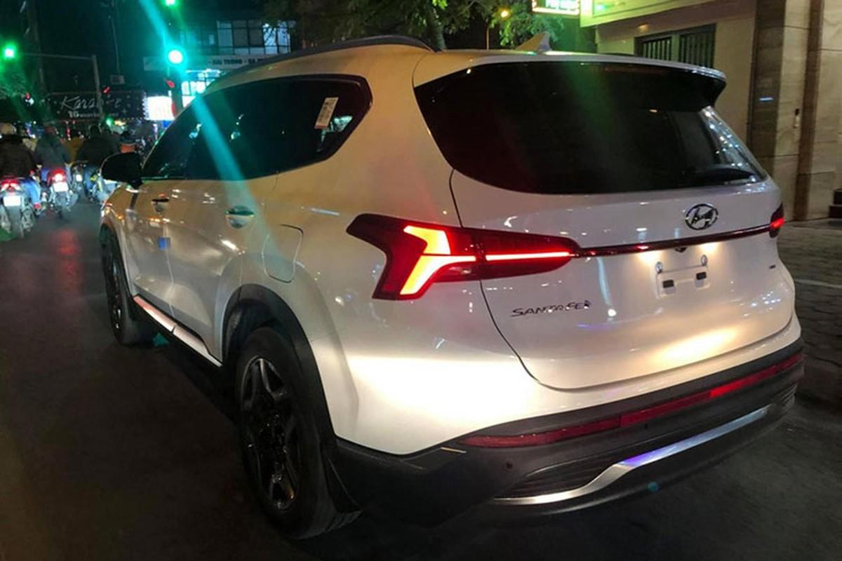 Hyundai SantaFe 2021 lan dau lan banh tai Viet Nam-Hinh-2