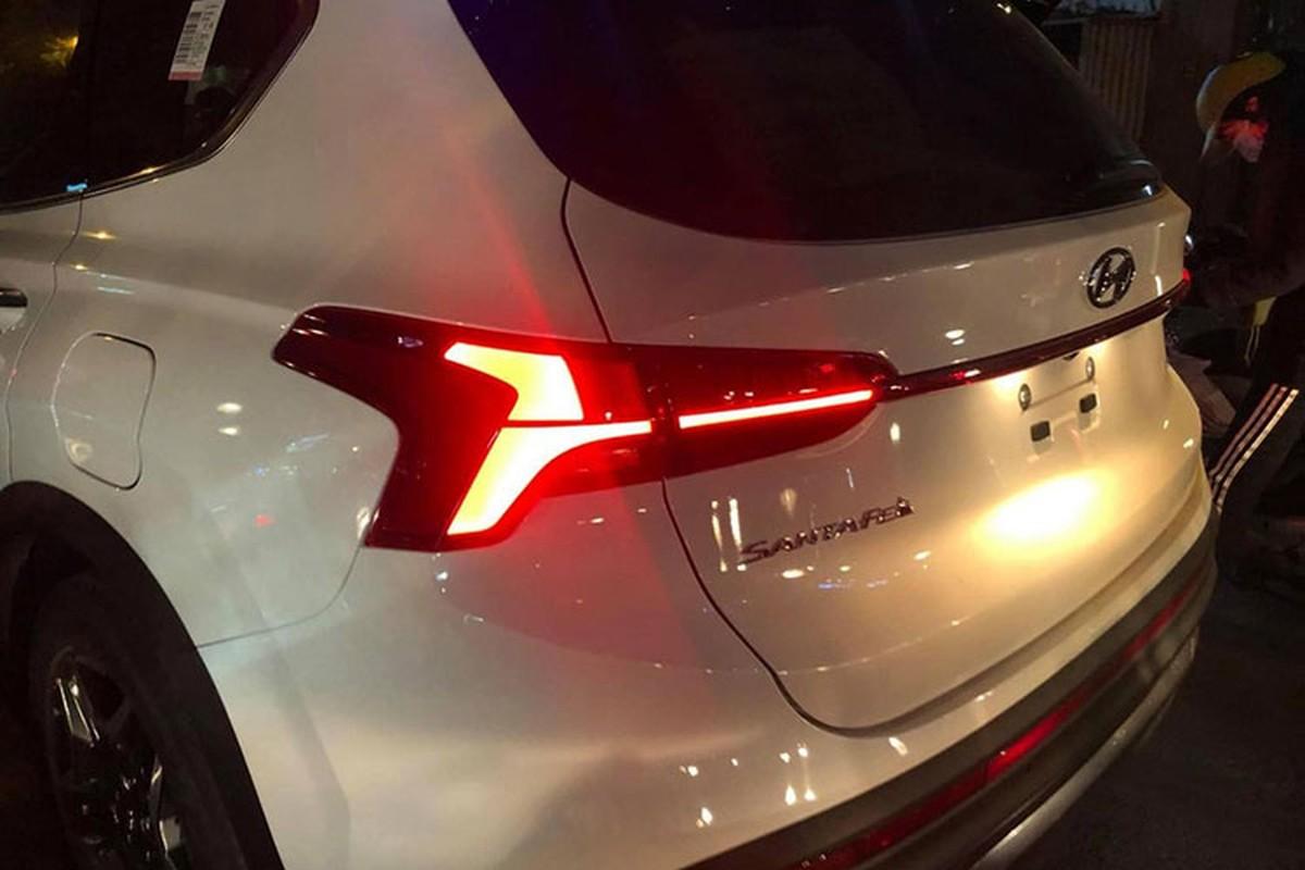 Hyundai SantaFe 2021 lan dau lan banh tai Viet Nam-Hinh-4