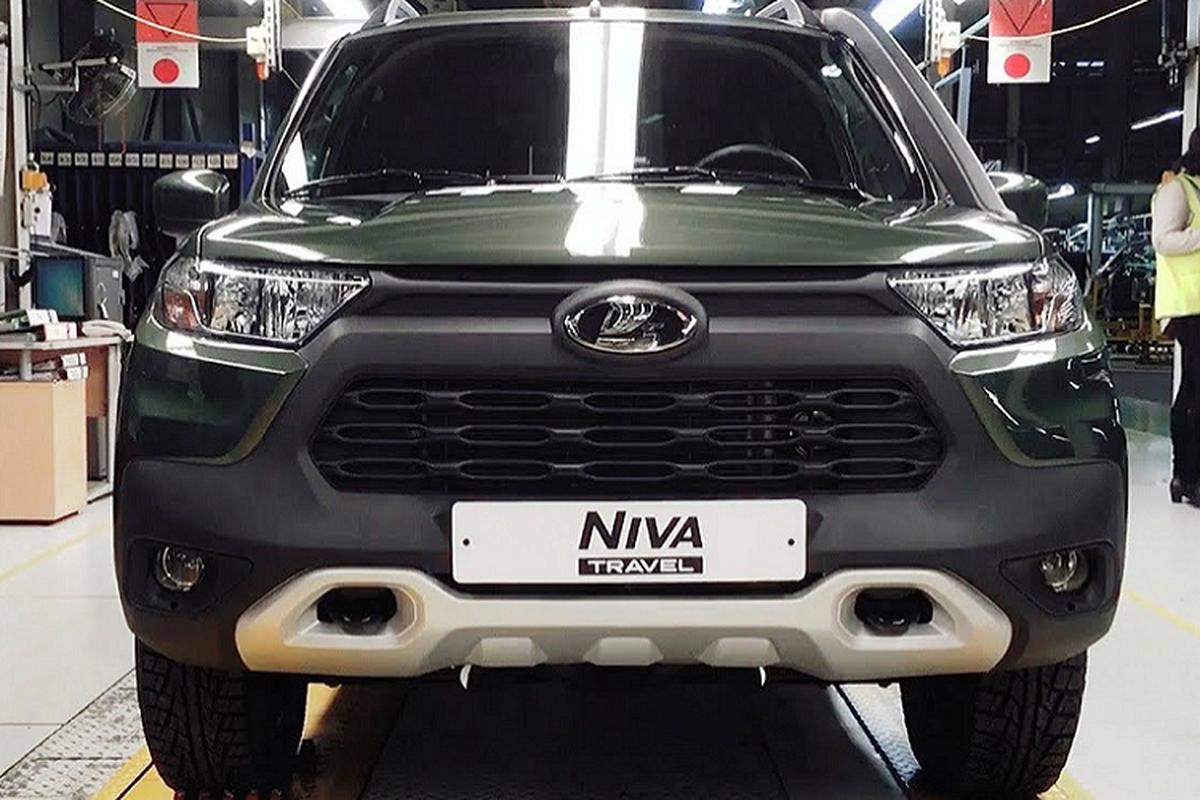 """Ngam """"la gia"""" Lada Niva Travel 2021 sang chanh nhu Toyota RAV4-Hinh-2"""