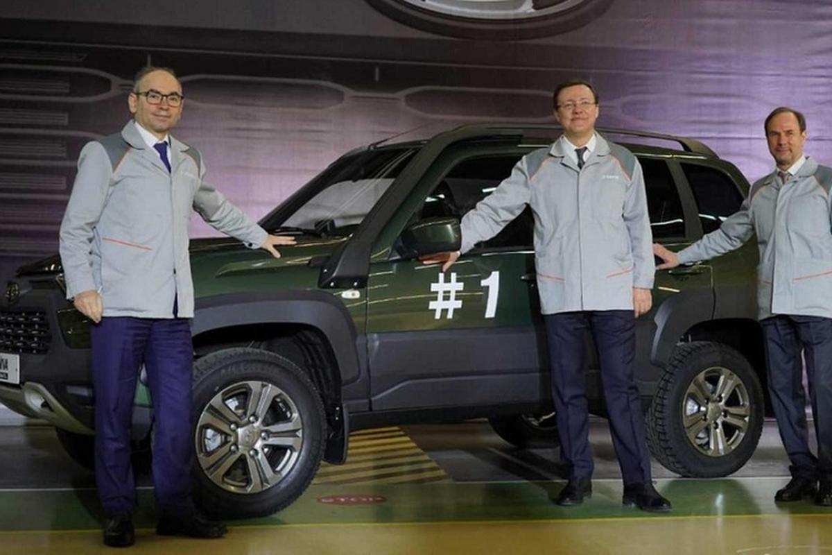 """Ngam """"la gia"""" Lada Niva Travel 2021 sang chanh nhu Toyota RAV4-Hinh-8"""