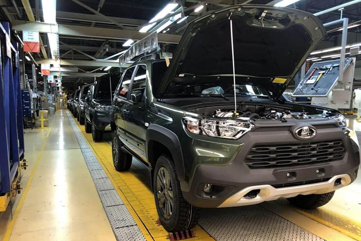 """Ngam """"la gia"""" Lada Niva Travel 2021 sang chanh nhu Toyota RAV4-Hinh-7"""