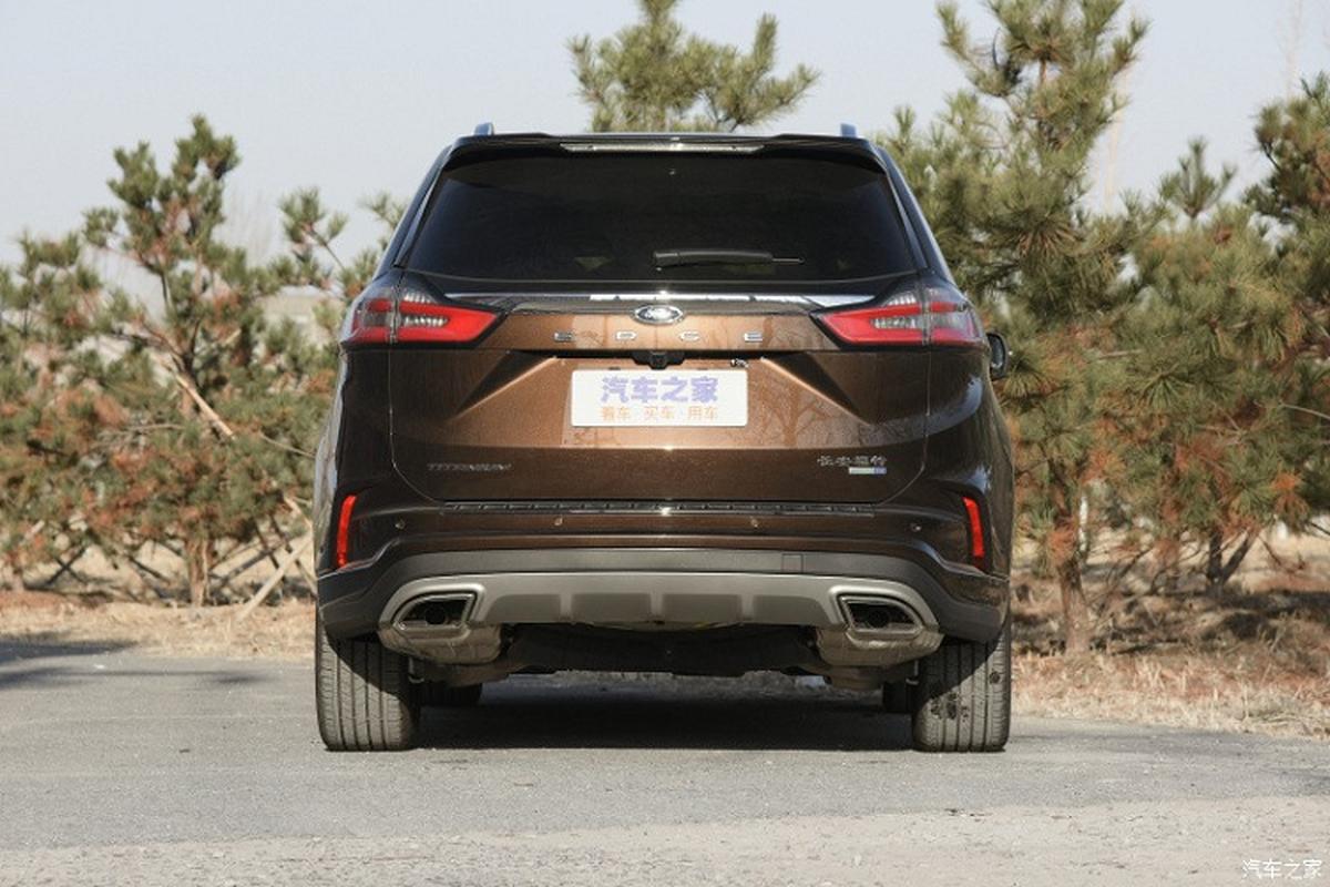 Ngam SUV co trung Ford Edge 2021 moi tu 815 trieu dong-Hinh-4