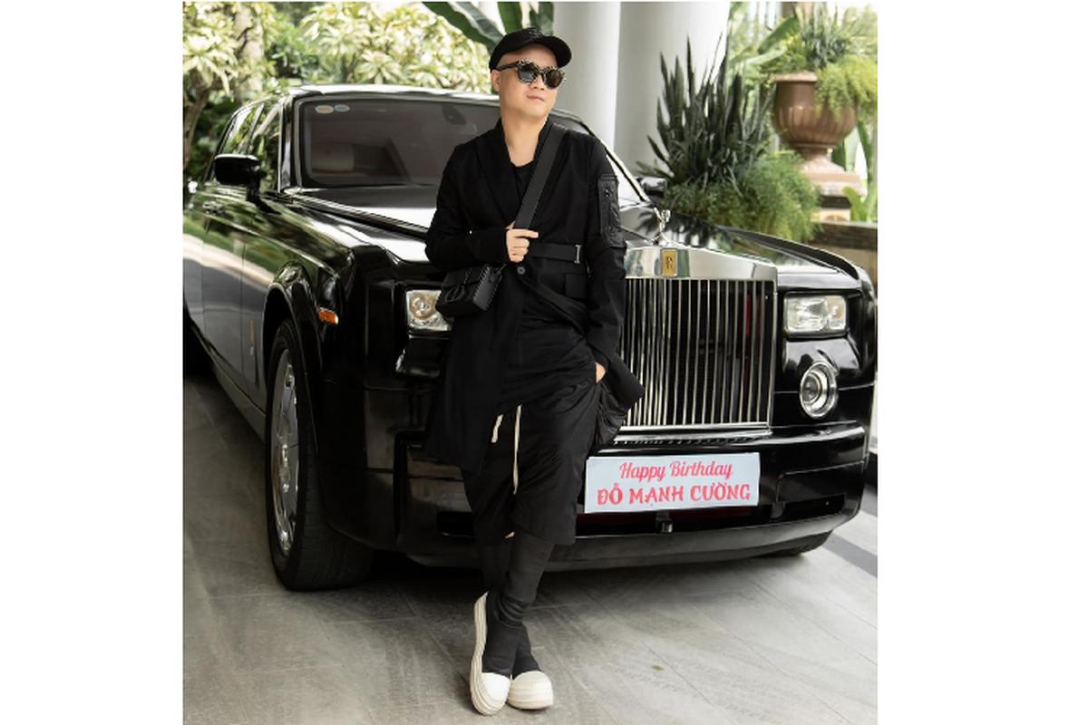 NTK Do Manh Cuong tu tang minh Rolls-Royce Phantom chuc ty