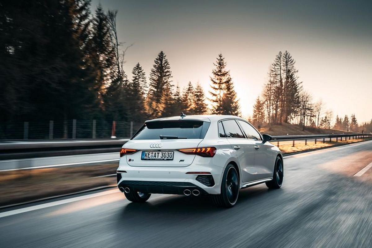 "Audi S3 Sportback 2021 ""nong bong"" voi goi suc manh 365 ma luc-Hinh-2"