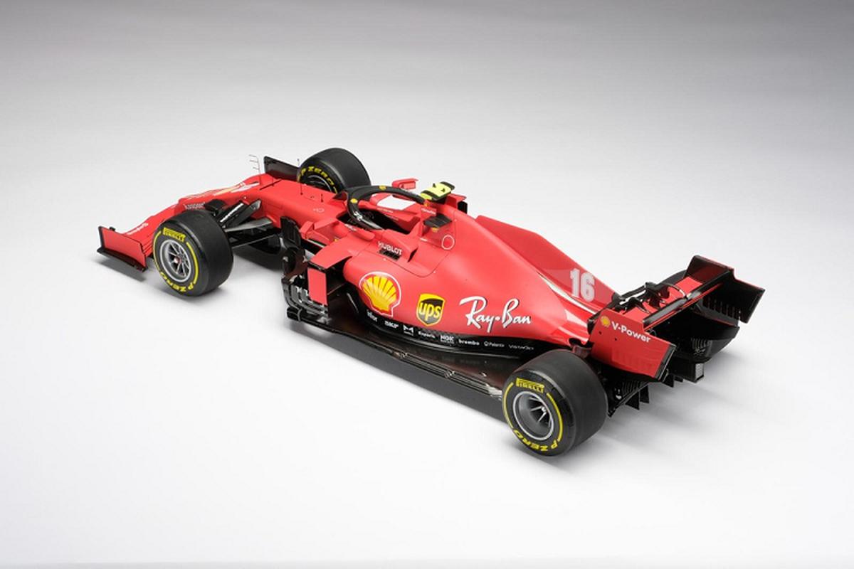 Chiec xe dua Ferrari F1 do choi nay ban ra toi 209 trieu dong-Hinh-2