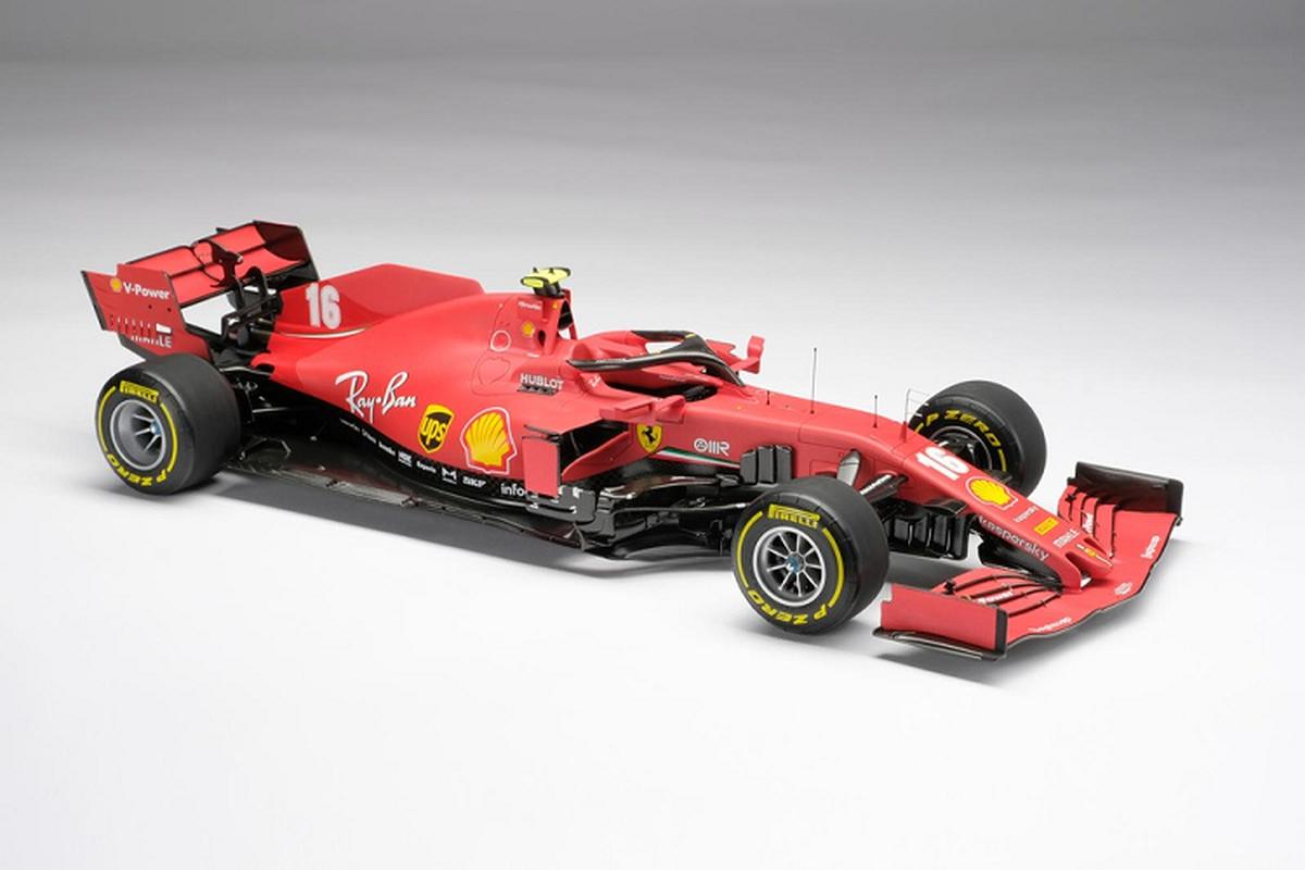 Chiec xe dua Ferrari F1 do choi nay ban ra toi 209 trieu dong