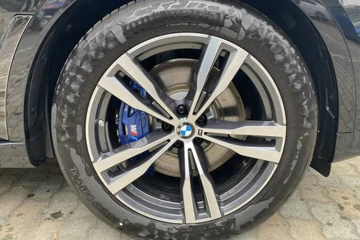 BMW X7 M Sport chinh hang ve Viet Nam re toi 1 ty dong-Hinh-4
