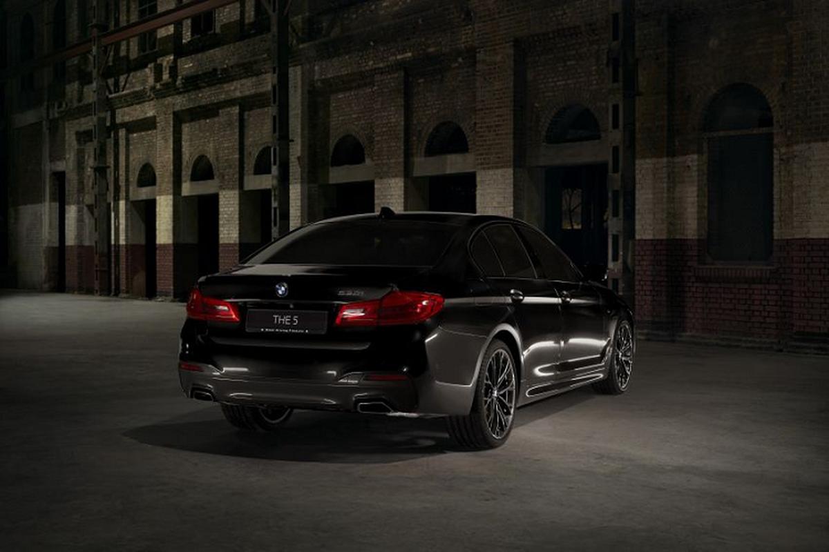 Chi tiet BMW 530i M Sport Dark Shadow Edition gan 97.000 USD-Hinh-8
