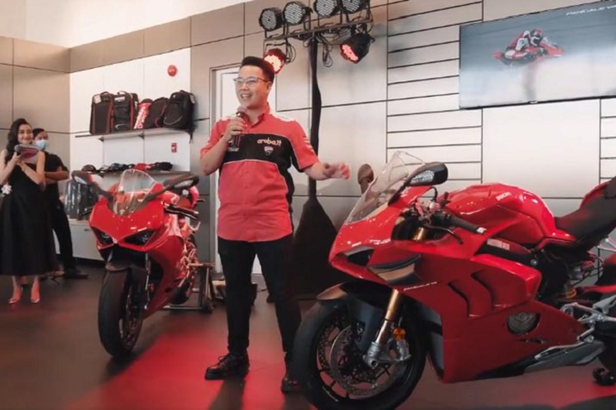 Dai gia Minh Nhua tau sieu moto Ducati Panigale V4 hon 2 ty dong-Hinh-2