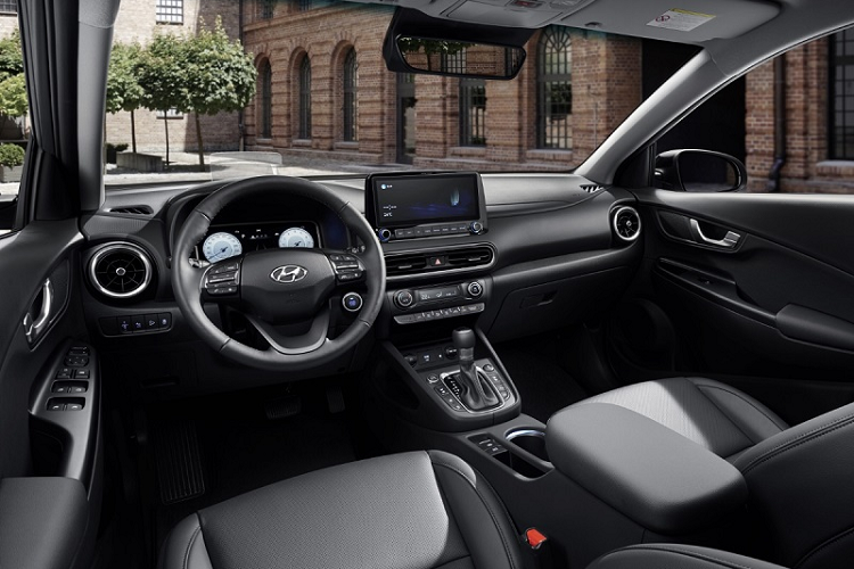 Hyundai Kona 2022 duoc trang bi nhung gi de dau Kia Seltos?-Hinh-5