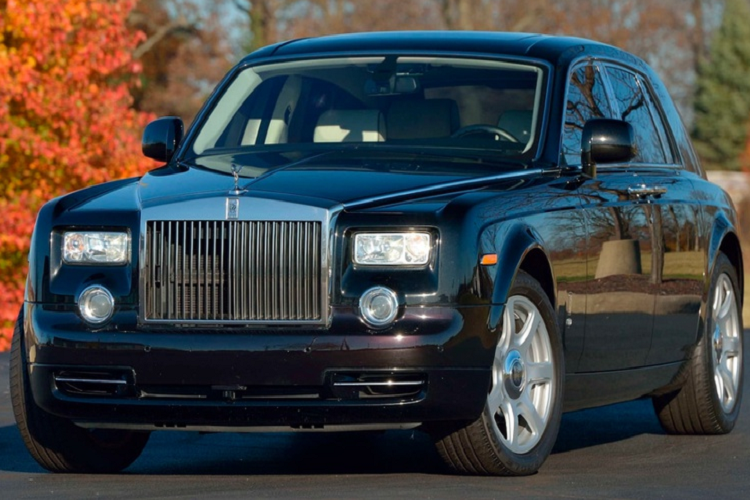 Rolls-Royce Phantom cua ong Donald Trump khoang 300.000 USD