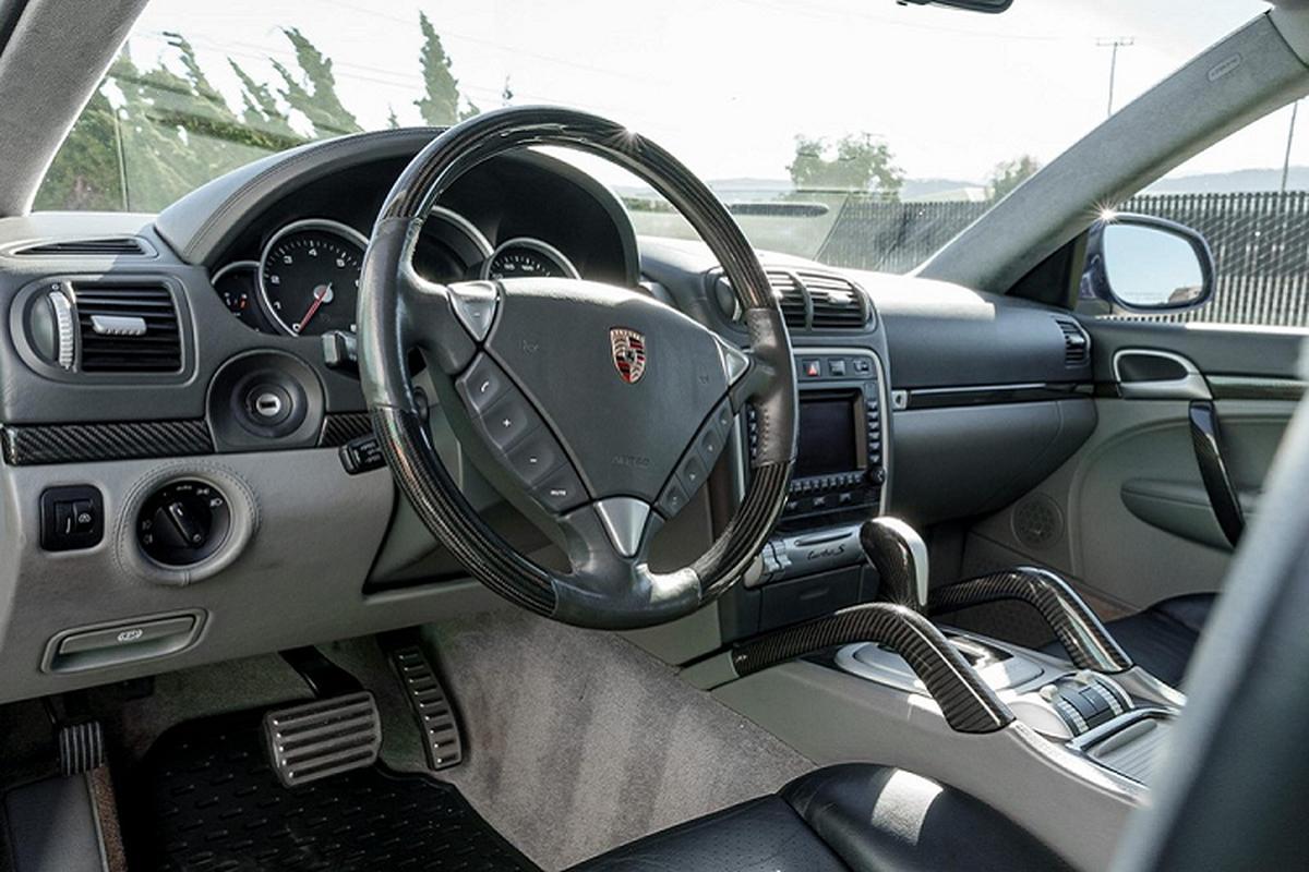 Porsche Cayenne Turbo S cho