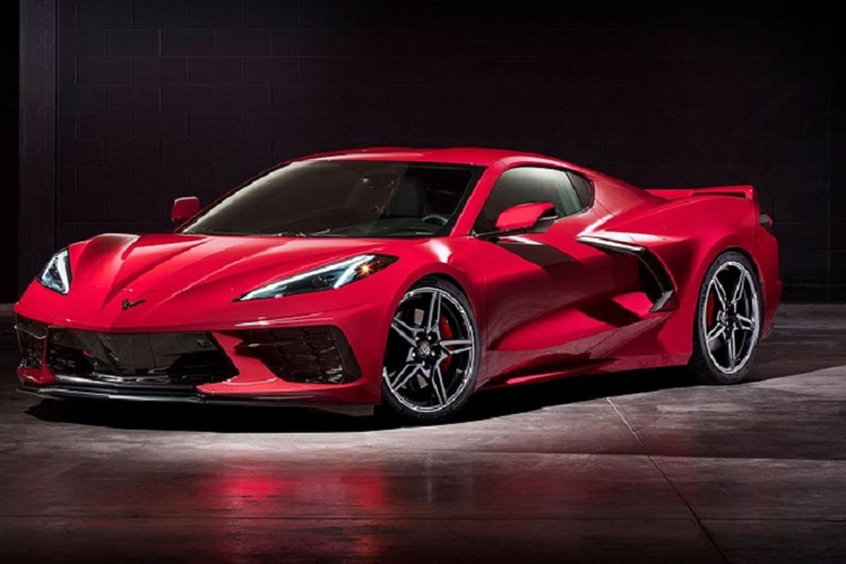 Cu ong 90 tuoi mua Chevrolet Corvette C8 2021 tang sinh nhat minh-Hinh-7