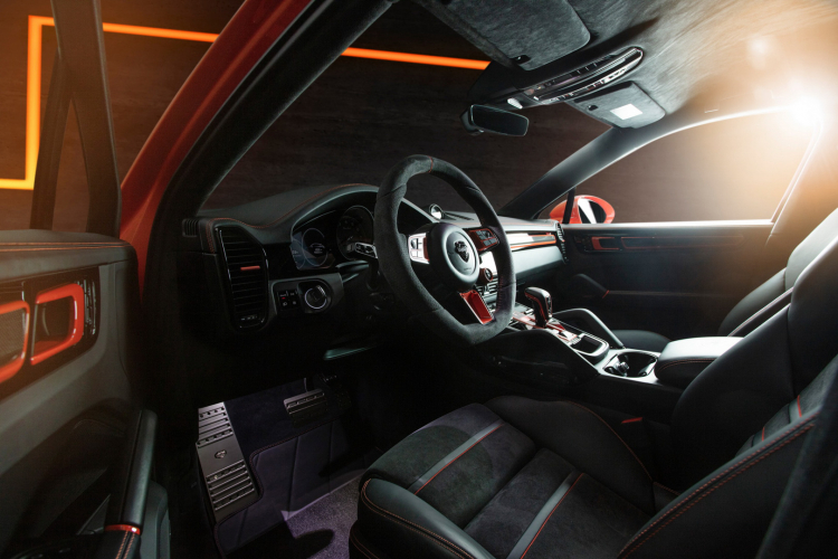 Porsche Cayenne Coupe hoa