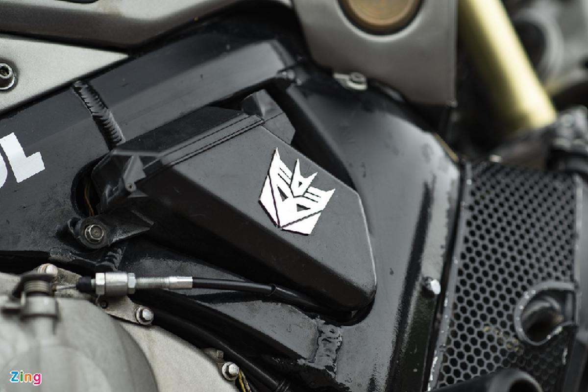 Xem dan choi Ha Noi do Honda CBR600RR phong cach streetfighter-Hinh-5