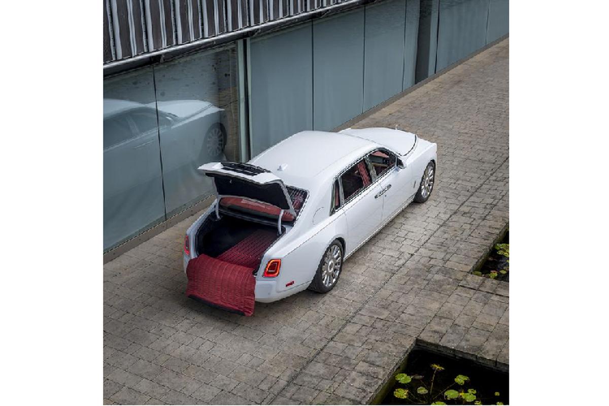 Diem mat xe sieu sang Rolls-Royce dac biet ra mat mua Covid-19-Hinh-16